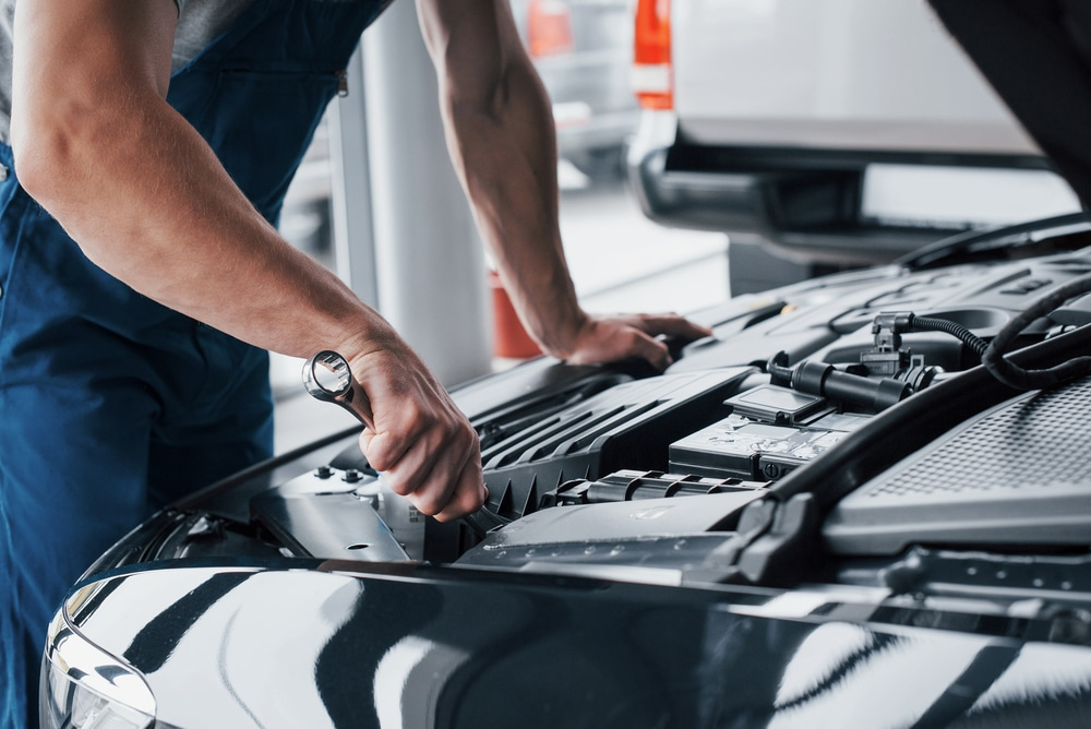 4 EASY ways to save money on car repairs with an OBD2 scanner